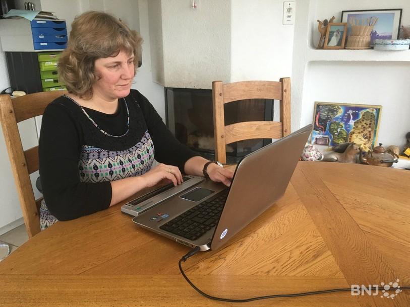 Natacha de Montmollin, aveugle de naissance, s'attelle aujourd'hui à la création de son entreprise.
