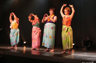 Sylvianne et les danseuses