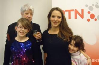 Muriel la gagnante du concours et ses 2 petites filles Alyssia et Léane