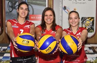 Natalia Aispurua (à gauche), Mojca Pene (au centre) et Lara Gerber