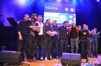 Les lauréats réunis sur scène