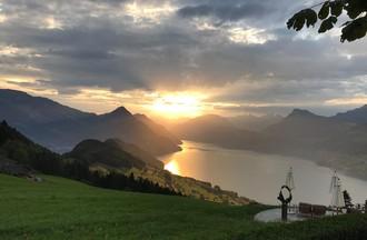 Solange partage avec nous un lever de soleil, celui de mardi matin 7h30 au Bürgenstock pour solange