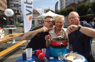 Pierre-André Stoudmann président de la braderie et Florian ont apprécié ma fondue