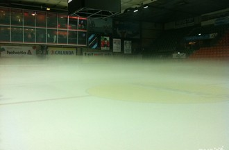 Le brouillard au Stade de Glace