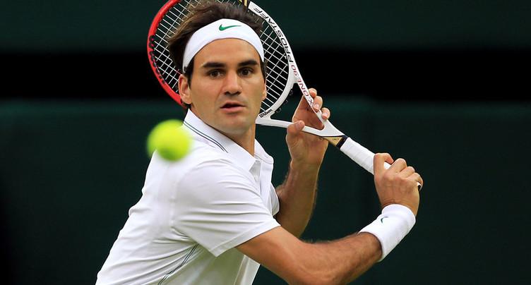 Roger Federer poursuit sa route à Wimbledon
