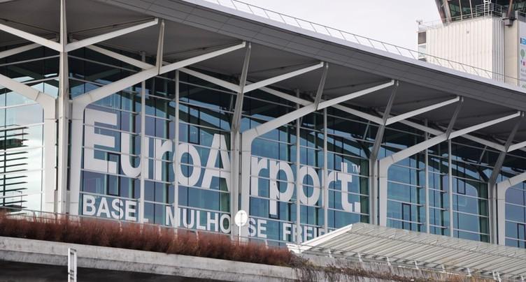 Cinq avions déroutés après un incident à Bâle