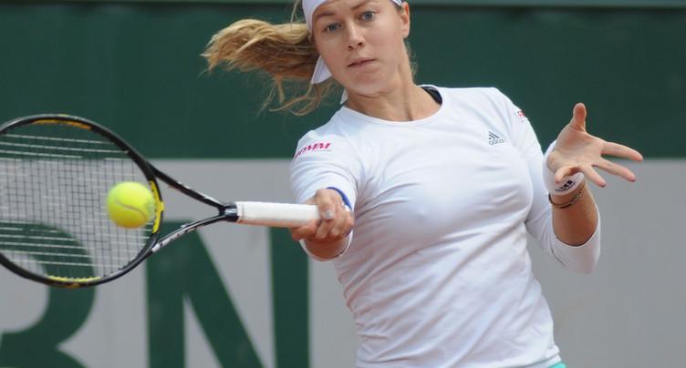 Stefanie Vögele tombe devant Venus Williams