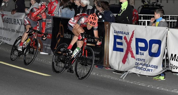 Romain Aubert premier sur la ligne d'arrivée