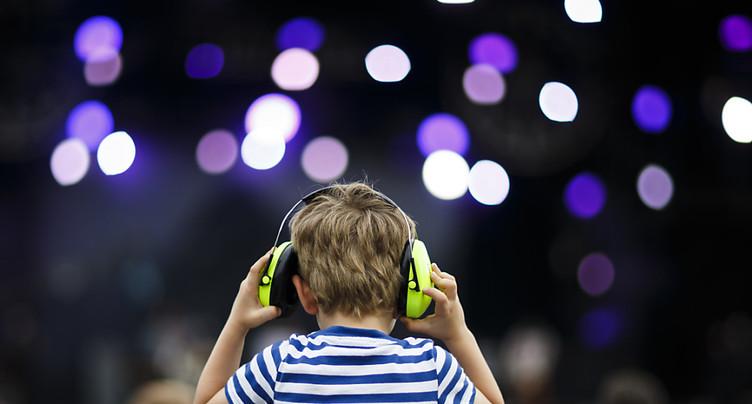 Seules 2 personnes sur 5 se protègent les oreilles lors de concerts
