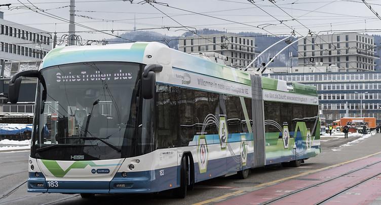 Zurich teste un trolleybus à batterie électrique en première suisse