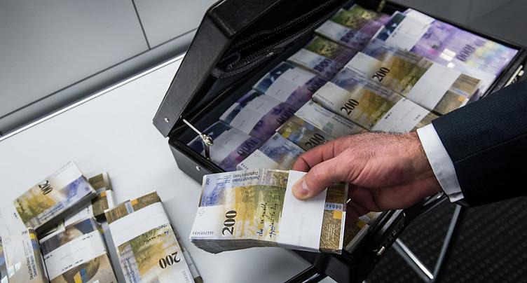 Les fraudeurs fiscaux suisses au pied du mur