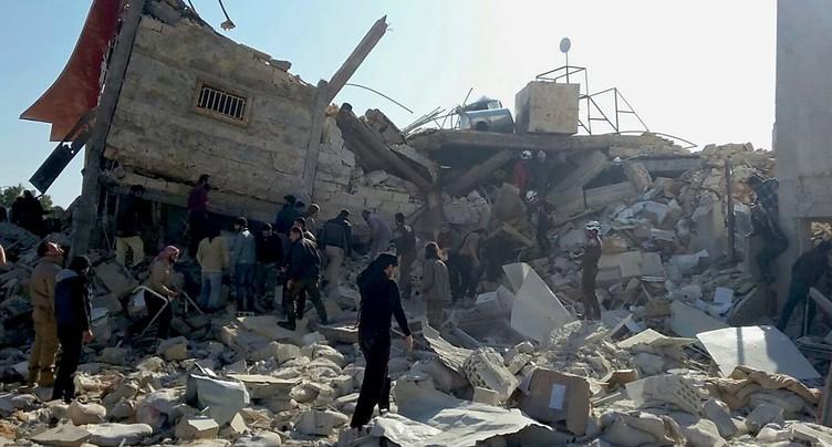 Hôpitaux bombardés en Syrie: Moscou et Damas pointés du doigt