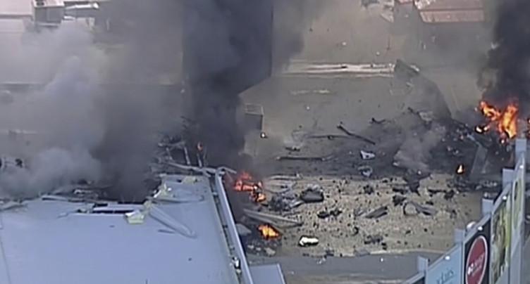 Un avion léger s'écrase sur un centre commercial à Melbourne