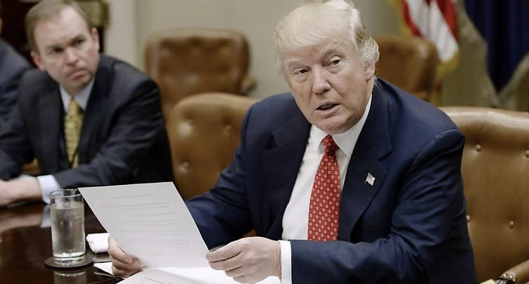 Nouveau décret américain sur l'immigration repoussé d'une semaine