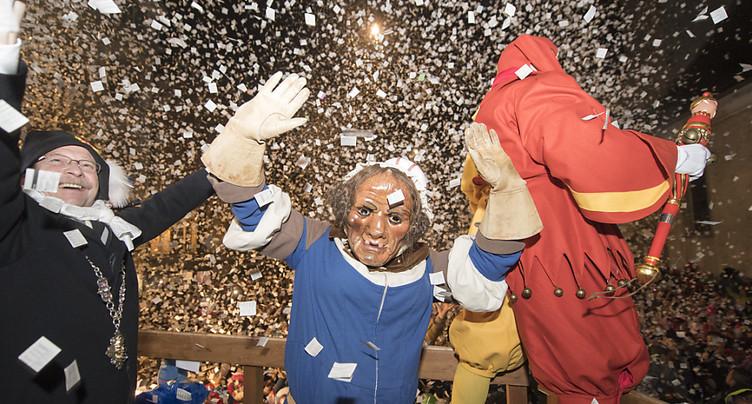 Début des festivités du carnaval à Lucerne et à Soleure
