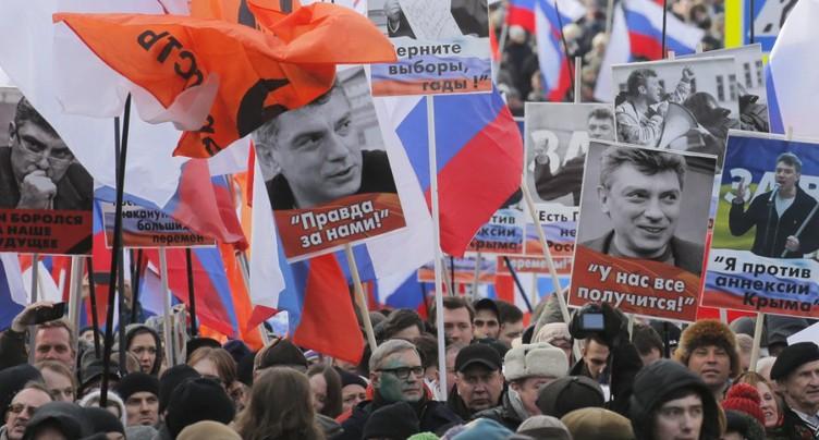 Des milliers de Russes dans la rue en mémoire de Boris Nemtsov