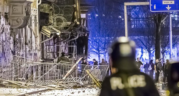 Nouveaux affrontements entre manifestants et policiers à Berne
