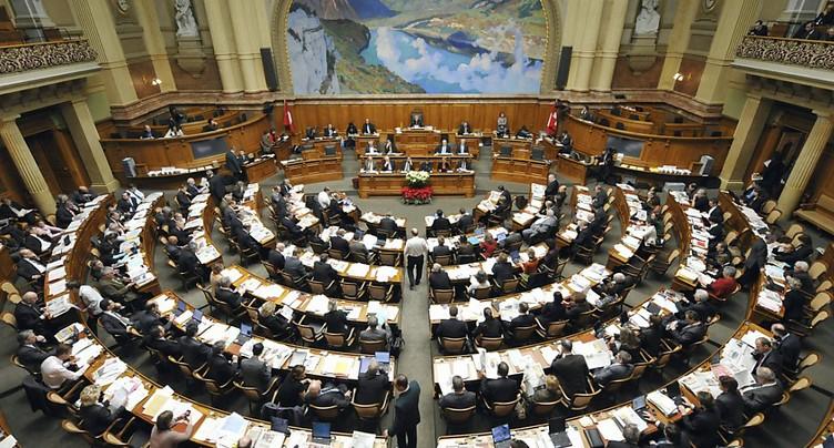Poker au Parlement sur les retraites et les casinos