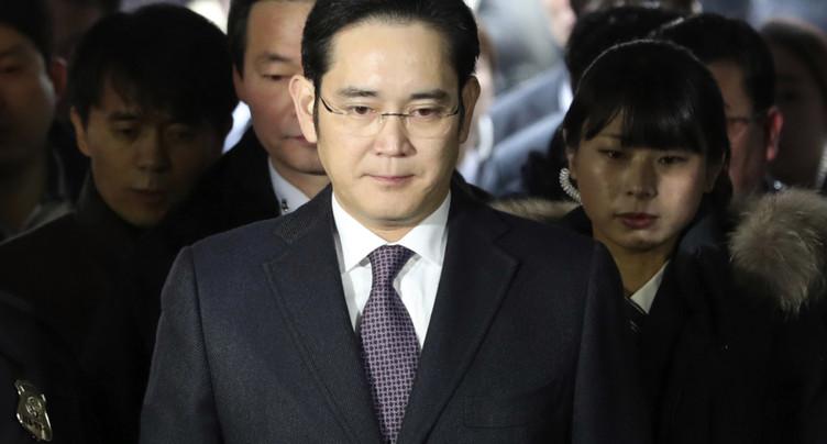 Le patron de Samsung mis en examen pour corruption en Corée du Sud