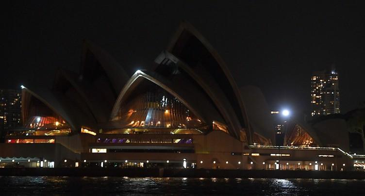 Le tour du monde de l'« Earth Hour » pour le climat a débuté