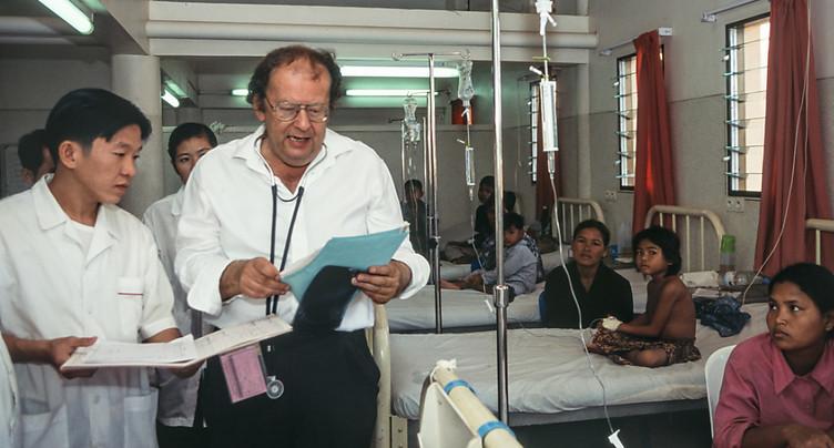 Le pédiatre et musicien Beat Richner gravement malade
