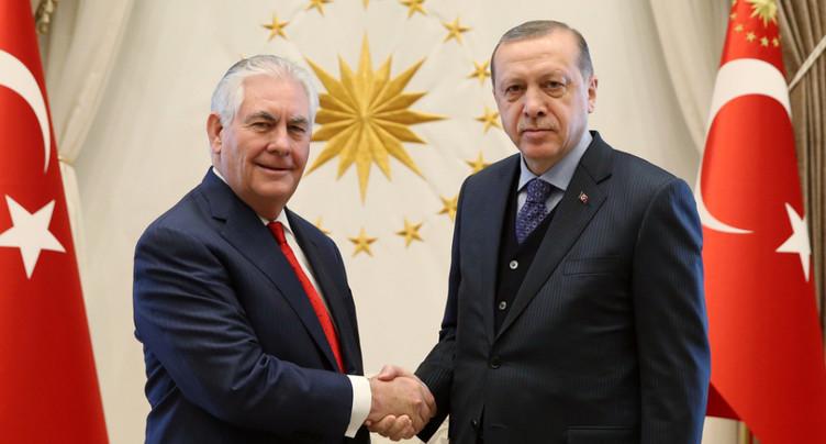 Le secrétaire d'Etat américain rencontre Erdogan