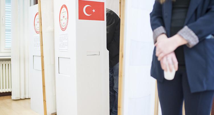 Participation élevée des Turcs de Suisse pour le referendum en Turquie