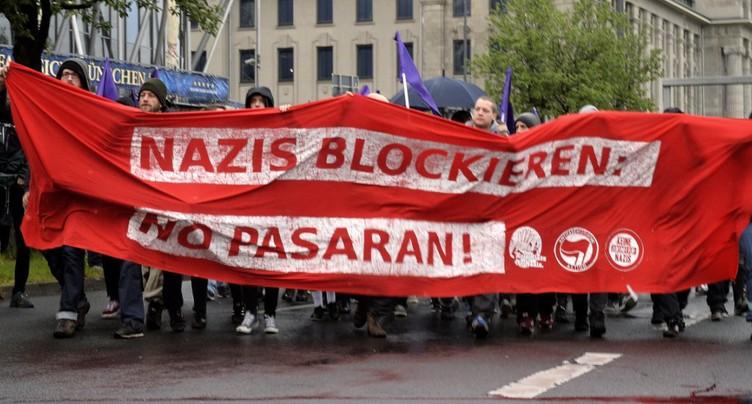 Début sous haute tension du congrès des populistes allemands