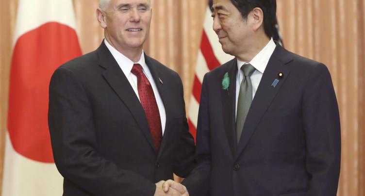 Pyongyang menace de couler un porte-avions américain