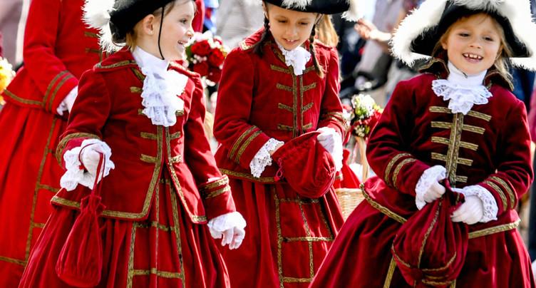 Plus de 2200 participants au cortège des enfants du Sechseläuten