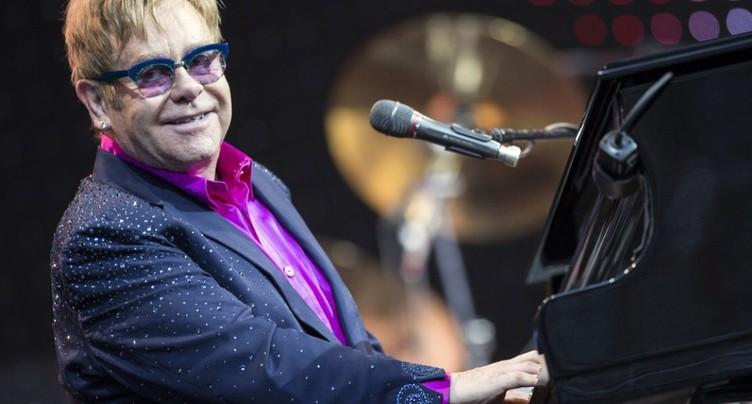 Elton John se remet d'une dangereuse infection bactérienne