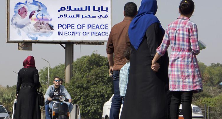 Le pape François attendu en avocat de la tolérance au Caire
