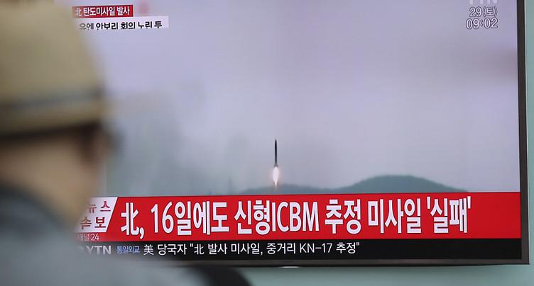Tir d'un nouveau missile nord-coréen sur fond de pressions internationales