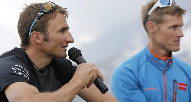 L'alpiniste de l'extrême Ueli Steck perd la vie dans l'Himalaya