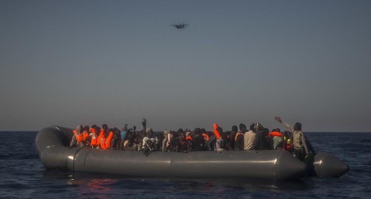 Un canot pouvant transporter des dizaines de migrants retrouvé vide en Méditerranée
