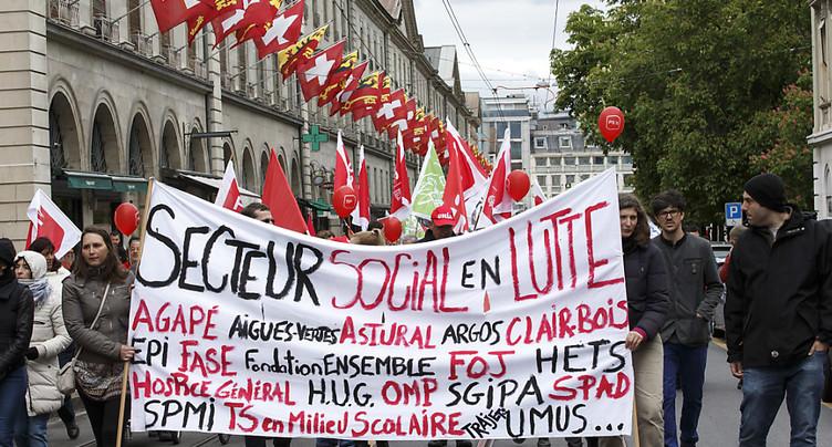 Une cinquantaine de manifestations syndicales dans toute la Suisse