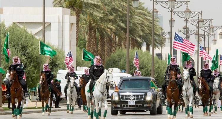 Accueil royal et méga-contrats pour Donald Trump en Arabie saoudite