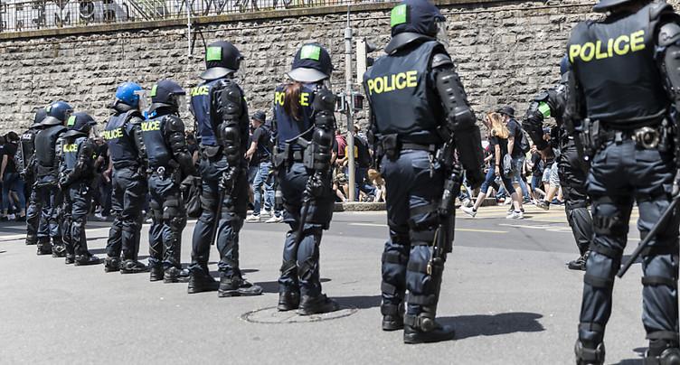 « Moins de dégâts qu'un samedi soir normal », selon la police