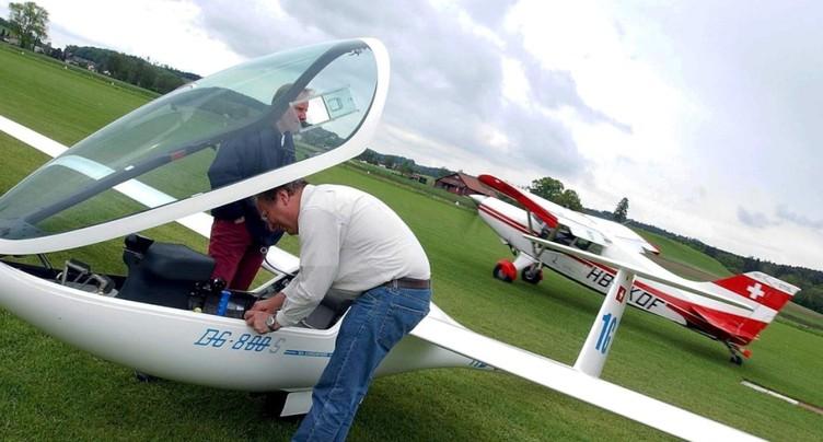 Un avion s'écrase à Mollis: un blessé grave