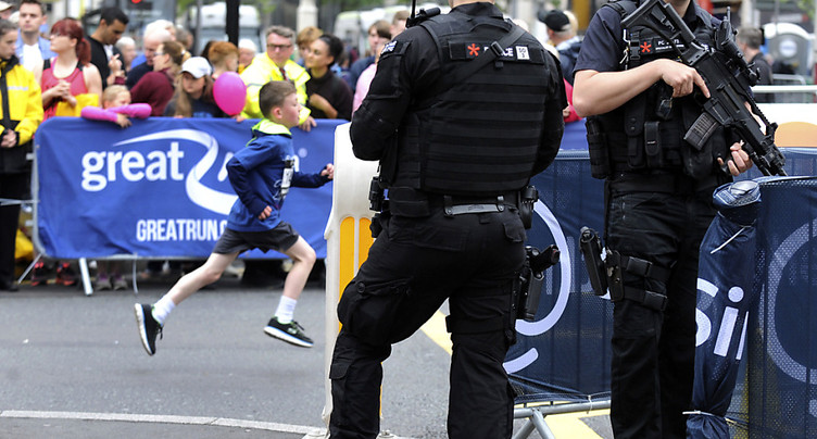 Appel à témoin avec des photos du kamikaze à Manchester