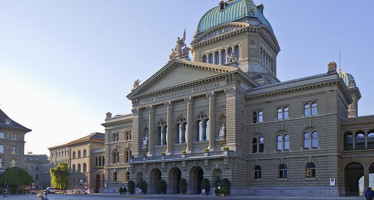Le Parlement bruissera à nouveau des rentes et de la TVA hôtelière