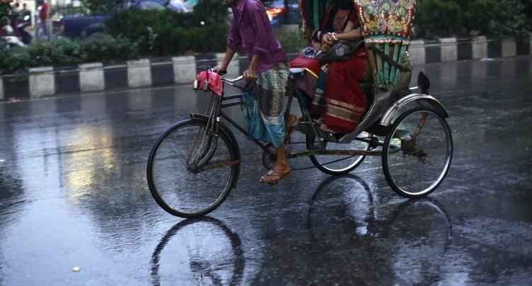 Banglasdesh: 450'000 évacuations face au cyclone Mora au Bangladesh