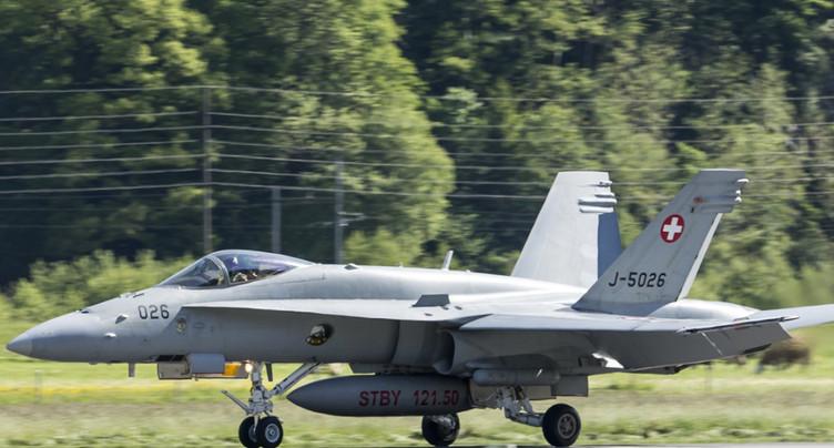 Remplacer les F/A-18 pourrait coûter jusqu'à 14 milliards de francs