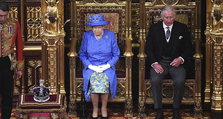 May présente sa loi pour sortir le Royaume-Uni de l'UE