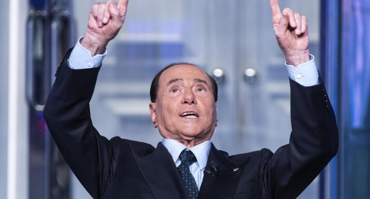 Silvio Berlusconi à l'offensive contre le M5S pour les municipales