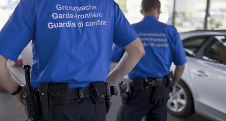 Contrôles douaniers: un ministre allemand complimente la Suisse