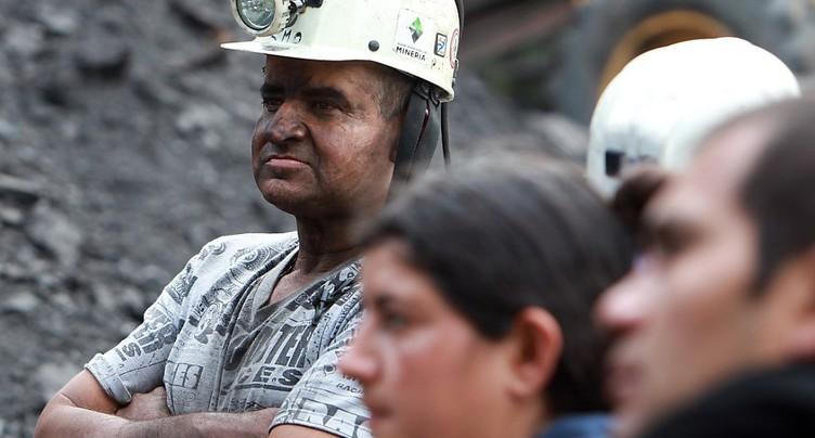 Huit morts et 5 disparus après une explosion dans une mine colombienne