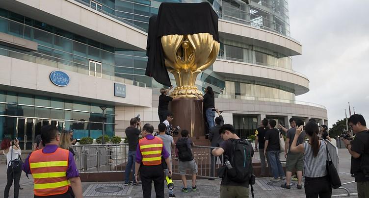 Geste symbolique anti-chinois avant une visite de Xi Jinping à Hong Kong