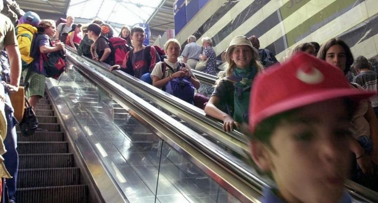Trains pris d'assaut par 1,5 million d'élèves pour les courses d'école