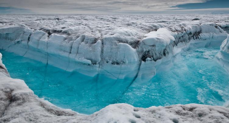 Groenland: des nuages plus rares accélèrent la fonte des glaces